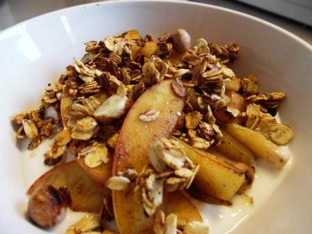 yoghurt with warm apples and hazelnut granola 2